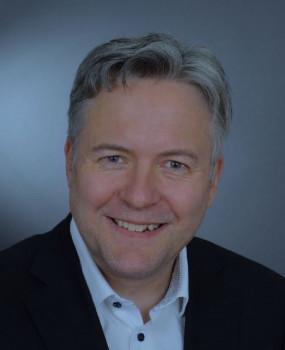 Lars Hirschfeld verstärkt Fackelmann im Vertrieb.