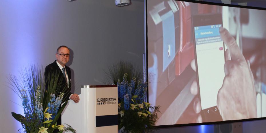 Dieter Jäger, Bereichsleiter Einzelhandel bei der Eurobaustoff