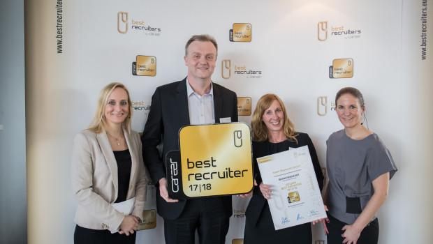 """Toom wurde in Frankfurt/Main mit dem goldenen Gütesiegel """"Best Recruiter 2017/18"""" ausgezeichnet."""