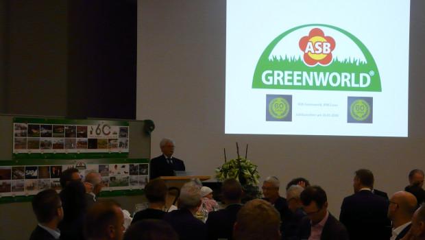 Der Firmengründer Helmut Haurenz blickte mit den Gästen in Essen auf 60 Jahre ASB Greenworld zurück.