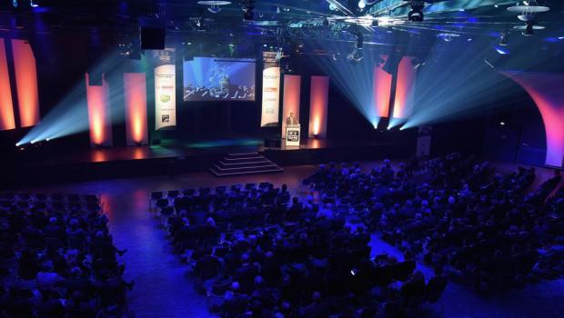 Die feierliche Verleihung des BHB-Kundenservicepreises findet in den Kölner Rheinterassen im Theater am Tanzbrunnen statt.