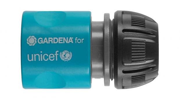 Zur Unterstützung der Wasser-Programme von UNICEF brandet Gardena sein Herzstück, den Wasserstop, in Blau um.