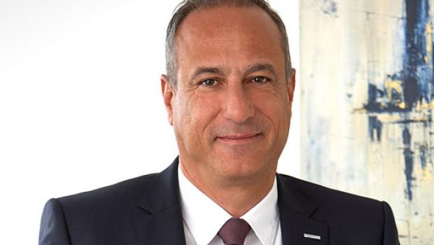 Im Wechselbad der Gefühle: Dr. Eckard Kern, Vorsitzender der Eurobaustoff-Geschäftsführung, blickt auf die Umsatzentwicklung 2019 zurück.