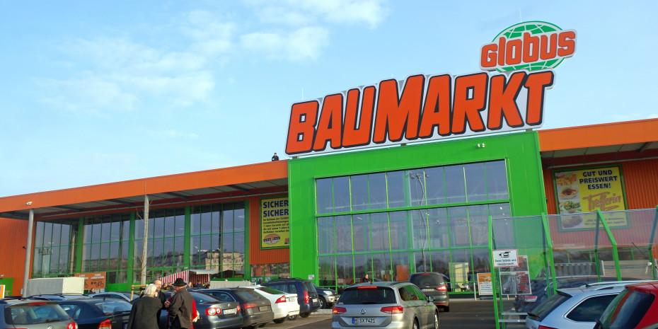 Die Außenfront des neuen Globus-Baumarktes in Saarlouis.