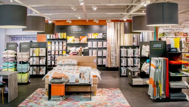 Erstmals zeigt sich die Schöner Wohnen-Kollektion mit einem Shop-in-Shop-Konzept im Möbelhandel.