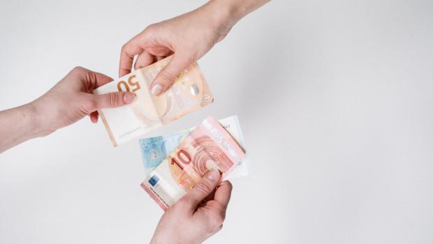 Das EHI hat untersucht, welche Zahlungsarten on- und offline am beliebtesten sind und wie sich diese entwickeln.