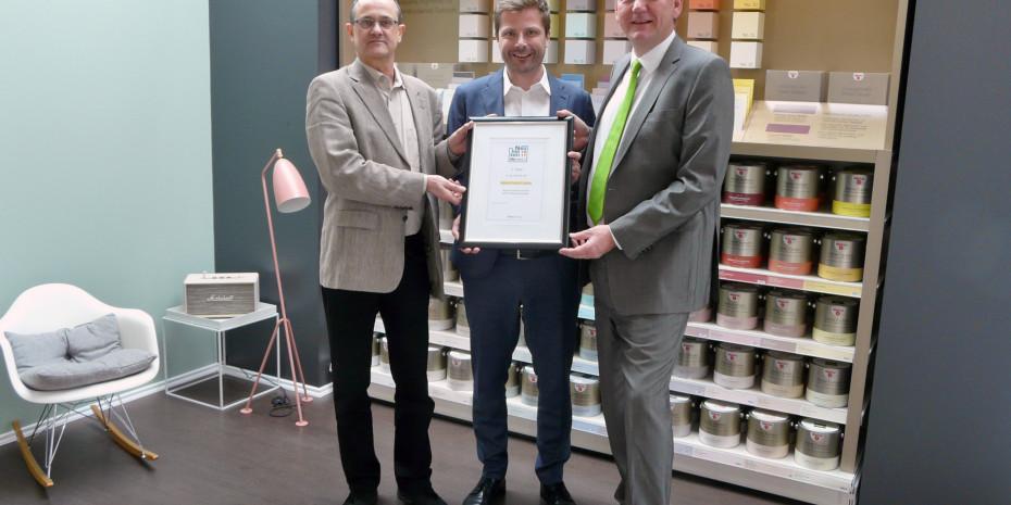 v.l. diy-Redakteur Harald Bott, Alpina Geschäftsführer Marketing Martin Rösler und Peter Stechmann, Vorsitzender der Geschäftsführung