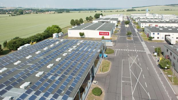 Velux ist dem Ziel, die eigenen Kohlendioxid-Emissionen bis 2020 zu halbieren, einen Schritt näher gekommen.