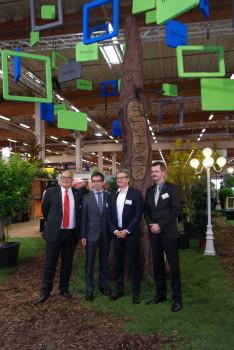 Freuen sich über eine gemeinsame Zukunft und vereintes Wachstum (v. l.): Johannes Häringslack (Baustoffring-GF), Georg Vos (EMV-Profi-AR-Vorsitzender), Michael Spiess (ab Januar 2016 EMV-Profi-GF) sowie Marcel Göllner (EMV-Profi-Marketingleiter).