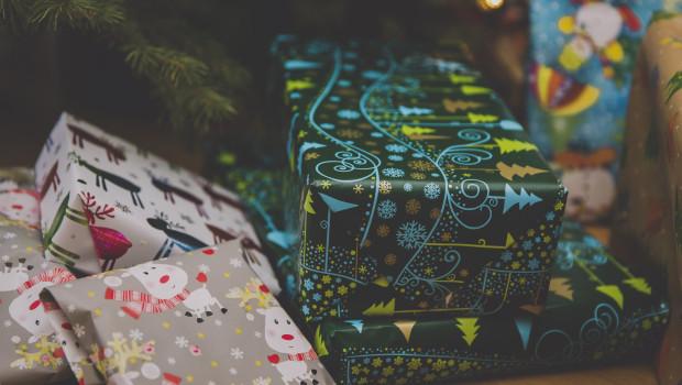 Viele Geschenke wurden in diesem Jahr online bestellt.