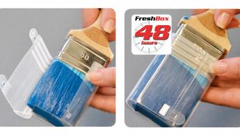 Pinselbox schützt den Pinsel vor dem Austrocknen