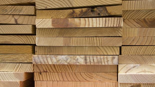 Holz gewinnt als Baustoff zunehmend an Bedeutung.