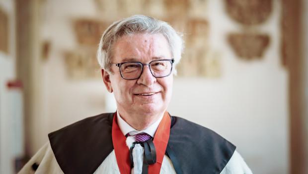 Prof. Klaus Fischer ist jetzt Ehrendoktor der Universität Bologna im Ingenieurwesen für Sicherheit im Bauwesen und Industrie.