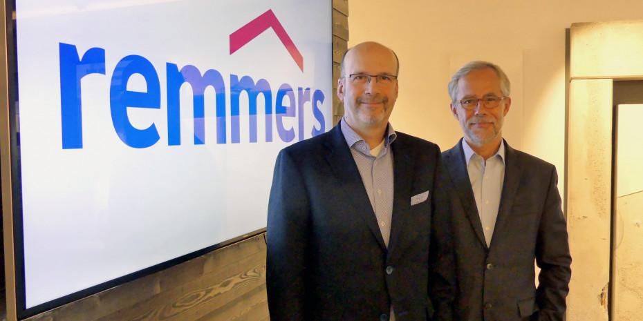 Remmers, Geschäftsführer Ingo Fuchs (l.), Vertriebsleiter Norbert Reukes