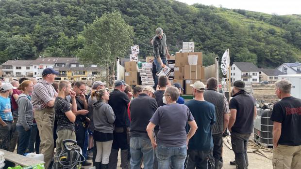 Hunderte Dernauer kamen vergangene Woche zur Ausgabe der Worx-Maschinen.