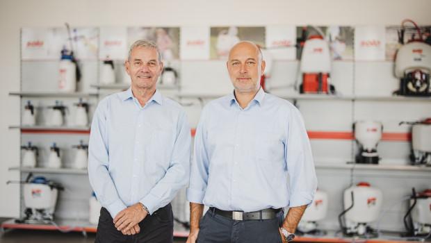 Sascha Luft(r.) wurde zum 1. August 2020 zum Geschäftsführer bei Solo Kleinmotoren bestellt. Daneben Mitgeschäftsführer Andreas Emmerich.