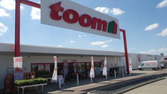 Toom Baumarkt: Eröffnung auf der linken Saale-Seite