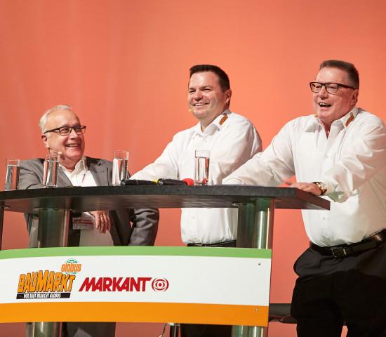 Franz-Friedrich Müller (Markant) sowie Timo und Erich Huwer eröffnen den Lieferantentag
