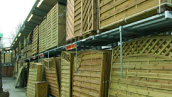 Baumärkte auf gutem Holzweg