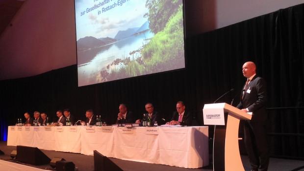 Der Aufsichtsratsvorsitzende Boy Meesenburg begrüßte die Gesellschafter der Eurobaustoff zu ihrer diesjährigen Hauptversammlung am Tegernsee in Bayern.