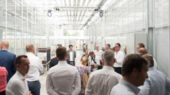 Dümmen Orange eröffnet Elite-Gewächshaus in Rheinberg
