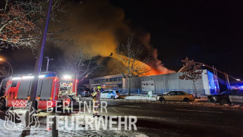 Großbrand bei Hettich Berlin