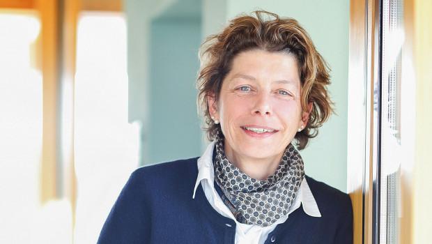 Bettina Hahn hat zum 1. Oktober innerhalb der Quick-Mix-Gruppe die Funktion als Produktmanagerin Holzbau übernommen. [Bild: Quick-Mix]