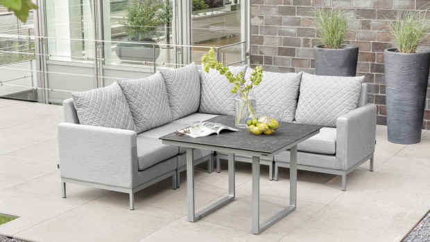 Besonders beliebt in diesem Jahr sind Gartenmöbel, die modular als Cashual Dining- oder als Lounge-Gruppen genutzt werden können.