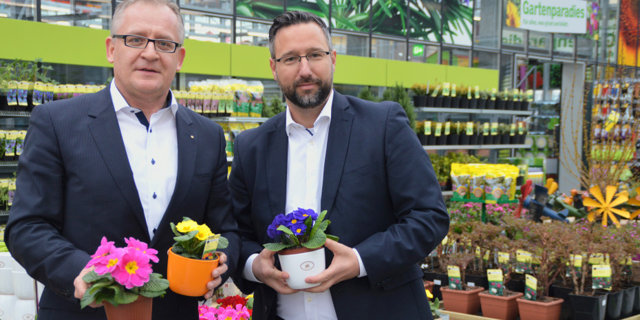 Christoph Theler (l.), Leiter Bau+Hobby, und Daniel Held, verantwortlich für die Region Zürich-Zentralschweiz.