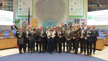 BHB verleiht Auszeichnung an den Knauber Innovationsstore