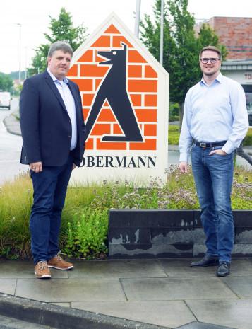 Dobermann, Geschäftsführer Andre Wilken (l.), IT-Leiter Dirk Markfort