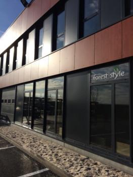 An seinem Firmensitz in Wambrechies hat Forest Style im Februar 2016 eine neuen Showroom mit 200 m² eröffnet.