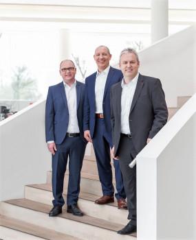 Die Führungsriege bei der Al-Ko Kober SE (v. l.): COO Dr. Wolfgang Hergeth, Aufsichtsratsvorsitzender Stefan Kober und CEO Peter Kaltenstadler.