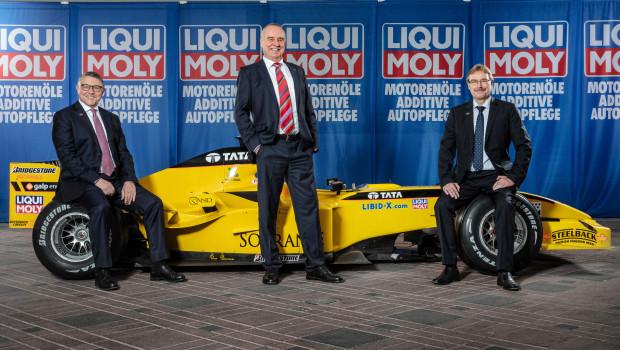 """Liqui Moly verlängert sein Engagement in der Formel 1: """"Noch nie haben wir ein medienwirksameres Sponsoring abgeschlossen als dieses"""", so Ernst Prost."""