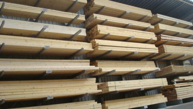 Nach fünf wachstumsstarken Jahren ist der Umsatz der deutschen Holzindustrie im vergangenen Jahr um 1,2 Prozent zurückgegangen.