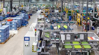 Stabila nimmt neue Produktionshalle in Betrieb