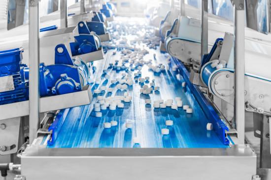 Die Produktion von Salztabletten ist angelaufen und die ersten Lieferungen an Kunden werden bereits getätigt.