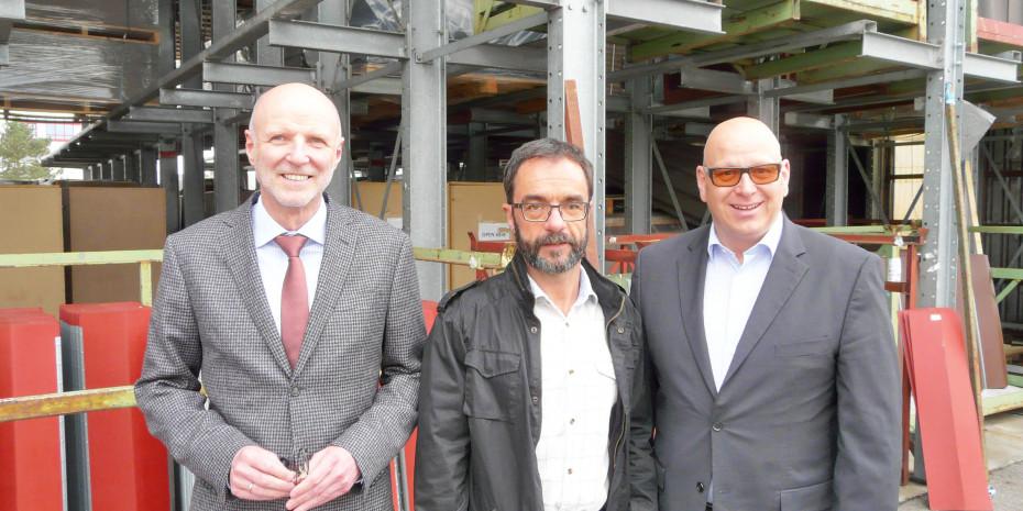 Gutta:  (v. l.): Hans-Peter Lipp (Leiter Vertrieb/Marketing), Rüdiger Weidler (Leiter Werbung und Grafik) und Marcus Roth (Geschäftsführung).