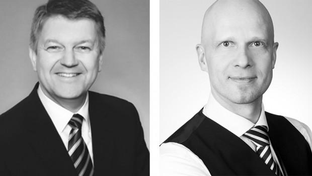 Christopher Brennecke (r.) hat von Alexander Geißels das Isover-Marketing  übernommen, der nun die Isover-Akademie leitet.