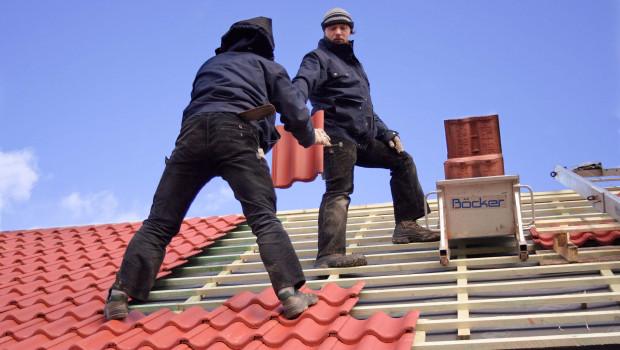 Die Profis im Wohnbau erwarten weiterhin Zuwächse beim Bau von Einfamilienhäusern. Foto: LBS