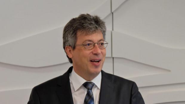 HDH-Präsident Johannes Schwörer begrüßt die Verlängerung des Schutzschirms zur Absicherung von Lieferketten.