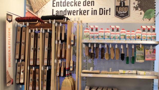 Der Landwerker kann jetzt auch reinigen und pflegen: Die Sagaflor baut die Eigenmarke weiter aus.