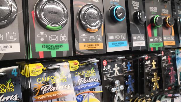 Axe-Düfte gibt es nun fürs Auto und die Lufterfrischer von California Scents sind künftig auch als Duftpalmen erhältlich.