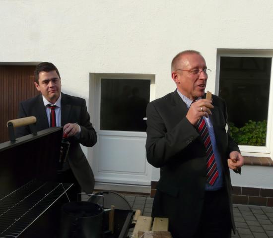 Ludger Brüggemann mit Öko-Anzünder