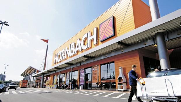 Die Hornbach Baumarkt AG hebt ihre Umsatz- und Gewinnerwartung für das laufende Geschäftsjahr deutlich an.