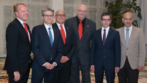 Erleichtert über die Kasseler Fusionsbeschlüsse: die Aufsichtsräte und Geschäftsführer von EMV-Profi und vom Baustoffring.